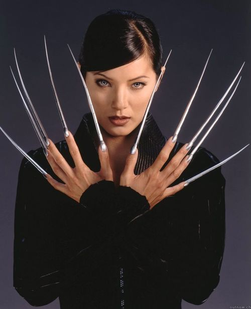 Hey, it's Lady Deathstrike from that X-men movie.